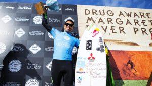 Campeão mundial de surfe, Adriano de Souza anuncia que vai se aposentar em 2021: 'Novo ciclo'
