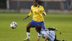 Formiga durante partida da seleção brasileira