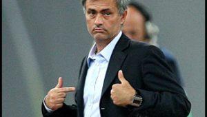 Mourinho admite que descumpriu regras de distanciamento social em Londres