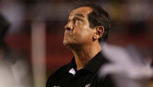 'O jogador tem de entender a situação do clube', diz Muricy sobre corte de salários