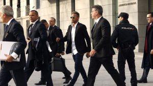 Neymar pai nega nova cobrança ao Barcelona: 'É passado'