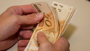 Dinheiro, economia, poupança
