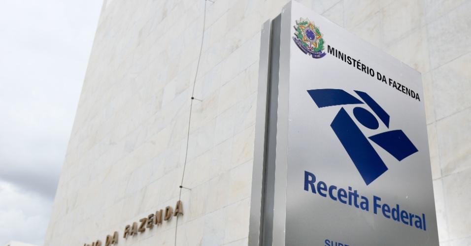 Nova fase da Lava Jato mira esquema de extorsão na Receita Federal