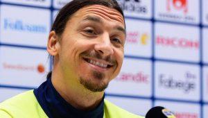 Ibrahimovic alfineta Cristiano: 'O verdadeiro Ronaldo é o brasileiro'