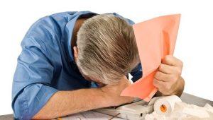 Endividamento das famílias sobe em novembro; inadimplência recua