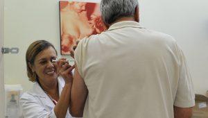 Vacinação contra gripe atinge mais de 90% do público-alvo