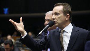 """Filha e genro de Russomanno são processados por """"esquema de pirâmide"""""""