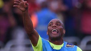 Ex-seleção brasileira, Maicon tem ajuda de cunhado para fechar com clube de Manaus