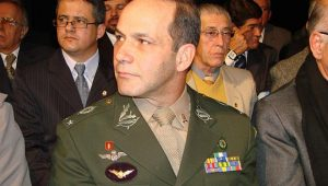General Peternelli lança oficialmente a candidatura à presidência da Câmara