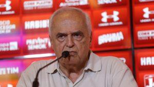 Diretoria do SPFC repudia pedido de impeachment de Leco: 'Vale-tudo oportunista e demagógico'
