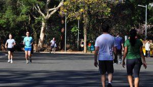 Com riscos de lesão, retorno às atividades físicas querer cuidados