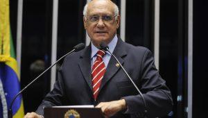 'Estão querendo exterminar a Lava Jato', aponta senador Lasier Martins