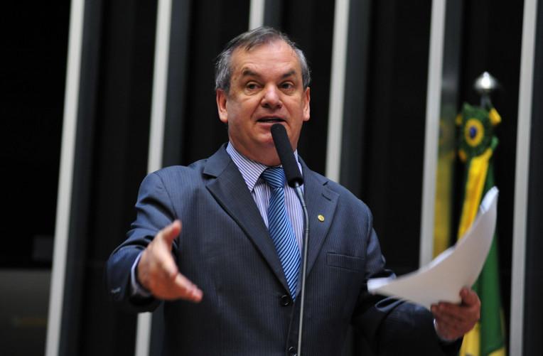 Bolsonaro pediu que votação do desarmamento fique para 2019, diz deputado – Jovem Pan