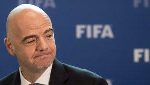 Investigado, Infantino faz autoelogio: 'Na nova Fifa, o dinheiro não desaparece'
