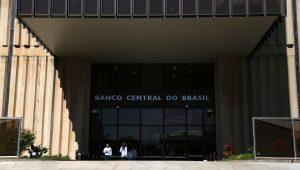 Fontes do Banco Central se mostram mais temerosas com a recuperação da economia brasileira em 2021