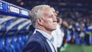 Deschamps renova contrato e comandará seleção francesa até o fim de 2022