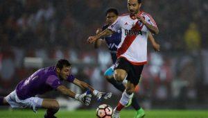 Ignacio Scocco fez cinco gols na goleada River Plate 8 a 0 Jorge Wilstermann, pelas quartas de final da Libertadores