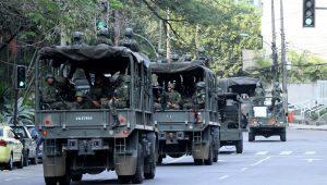 Ministério da Defesa explica gastos com gomas de mascar: 'Ajuda na higiene bucal das tropas'