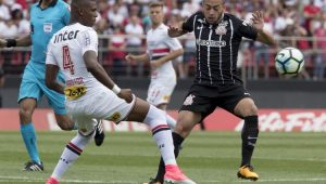 Futebol Campeonato Brasileiro São Paulo Corinthians Maycon