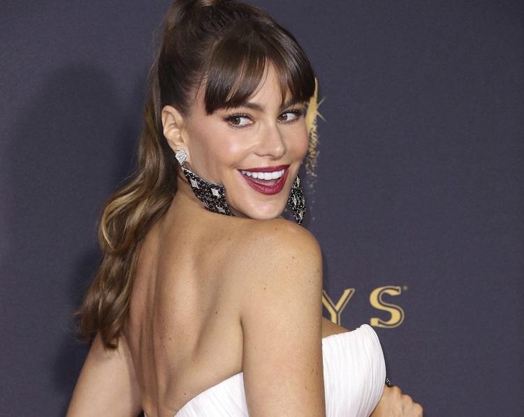 Mais bem paga da TV nos EUA, Sofia Vergara compra mansão de R$ 127 milhões