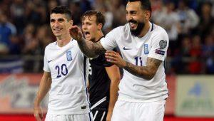 Mitroglu comemora o gol marcado na vitória da Grécia 4 a 0 Gibraltar