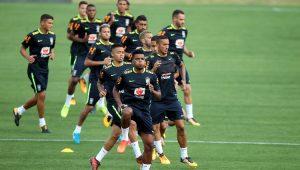 Seleção Brasileira treina na Granja Comary