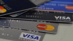 E-commerce ganha força com isolamento e atrai novos compradores