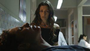Joyce (Maria Fernanda Cândido) e Ivan (Carol Duarte) em cena de reprodução da trama