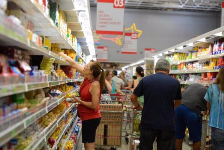 Inflação oficial fecha 2019 em 4,31%, acima do centro da meta