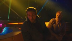 Ryan Gosling leva soco de Harrison Ford em Blade Runner 2049