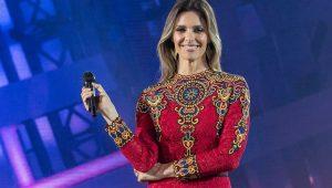 """Fernanda Lima no palco do """"Popstar"""", da Globo"""