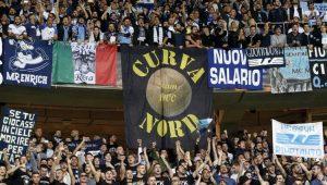 Lazio pede indenização de torcedores responsáveis por saudações fascistas