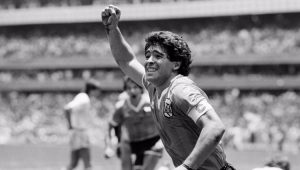 Morre o craque Diego Maradona aos 60 anos