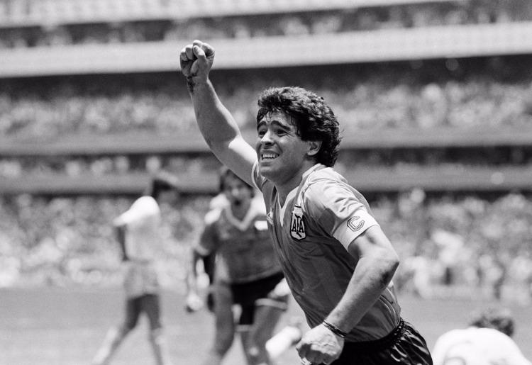 Morre o craque Diego Maradona aos 60 anos | Jovem Pan