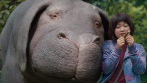 """Cena de """"Okja"""", filme original da Netflix"""