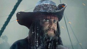 """Paul McCartney como o personagem """"Tio Jack"""" em """"Piratas do Caribe: A Vingança de Salazar"""""""