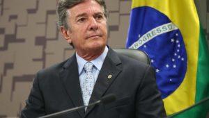 Não é hora de falar em impeachment de Bolsonaro, diz Collor