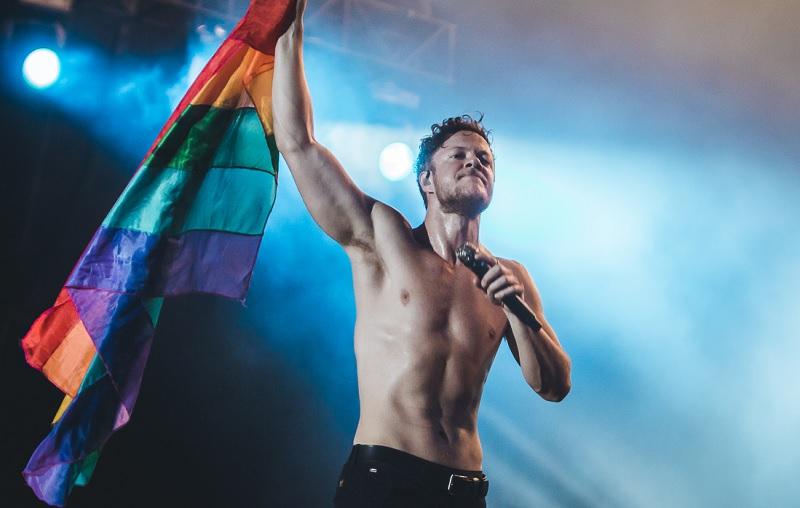 Dan Reynolds doa casa avaliada em US$ 1 milhão em prol dos LGBTQI+