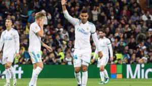 Zidane mantém mistério sobre escalação de Casemiro no Real