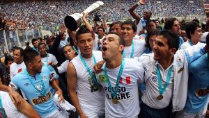 Futebol Peru Sporting Cristal Leandro Franco
