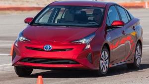 Entenda a tecnologia do Prius, primeiro carro híbrido do Brasil