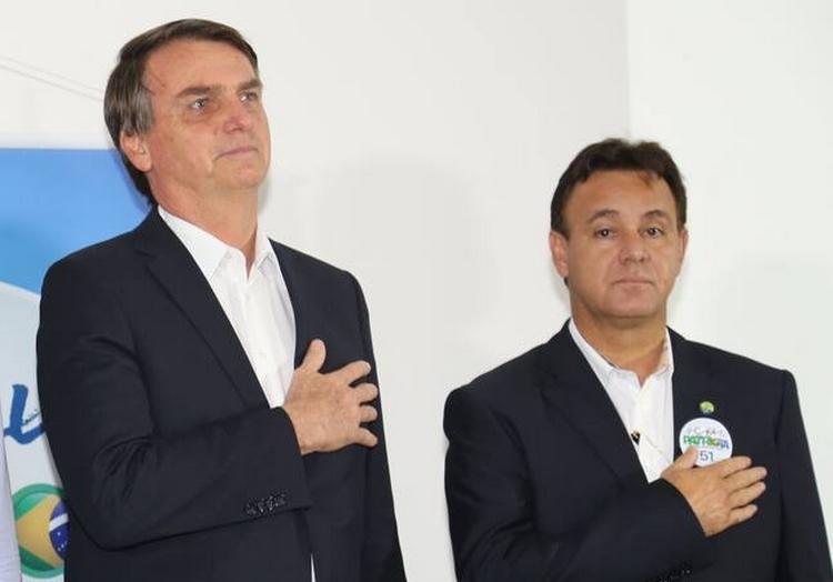 A família Bolsonaro vai para o Patriota – Jovem Pan