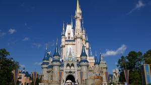 Coronavírus faz Disney fechar parques nos EUA e França