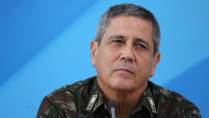 Constantino: Espero que decisão por Braga Netto sinalize reaproximação com ala militar