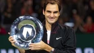 Roger Federer arrasa Alex de Minaur e conquista o 10º título na Basileia