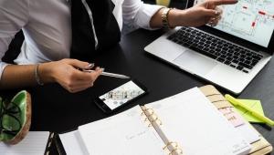 Como a tecnologia impulsiona lucros e negócios no varejo