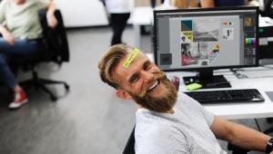 É possível ser feliz no ambiente de trabalho?