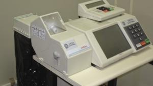 Urna com impressora de boletim