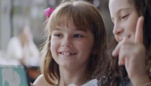 """Campanha """"Nova Irmã"""", da Vivo, apresenta Planos Família 4G+"""