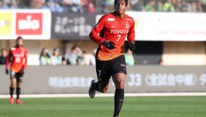Jô nega estar negociando com o Corinthians: 'Tenho contrato no Japão'